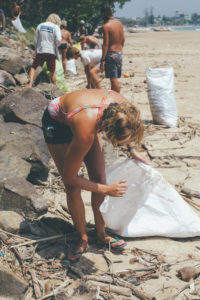 Beach Clean at Ceylon Sliders