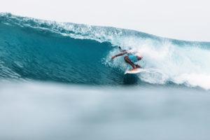 barrel-surf-contest-hikkaduwa
